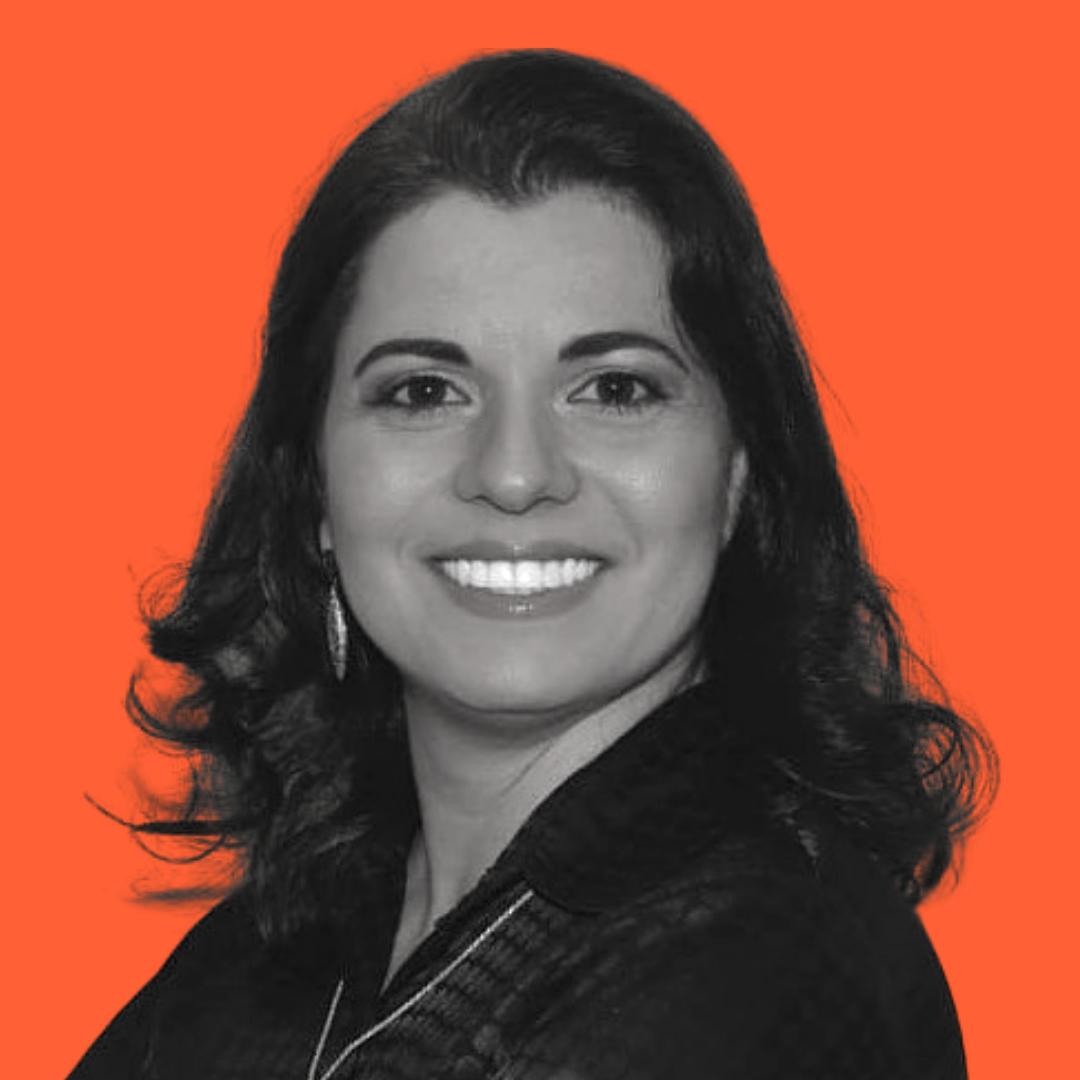Profª. Esp. Camila Dalla Valle do Couto